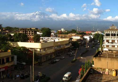 Вид на Килиманджаро из Моши
