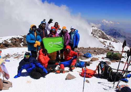 Группа Кулуара на вершине